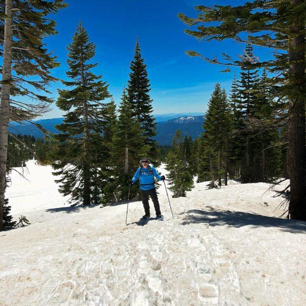 Avalanche Gulch - Hiking Mount Shasta
